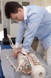Sanfte Chiropractic und strukturelle Osteopathie nach Dr. Ackermann